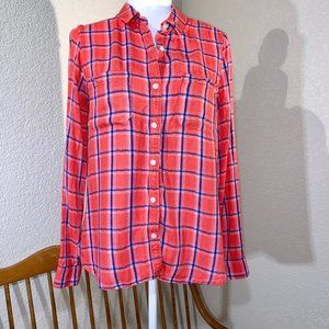 SO Perfect Shirt Stretchy Red Flannel Size Large